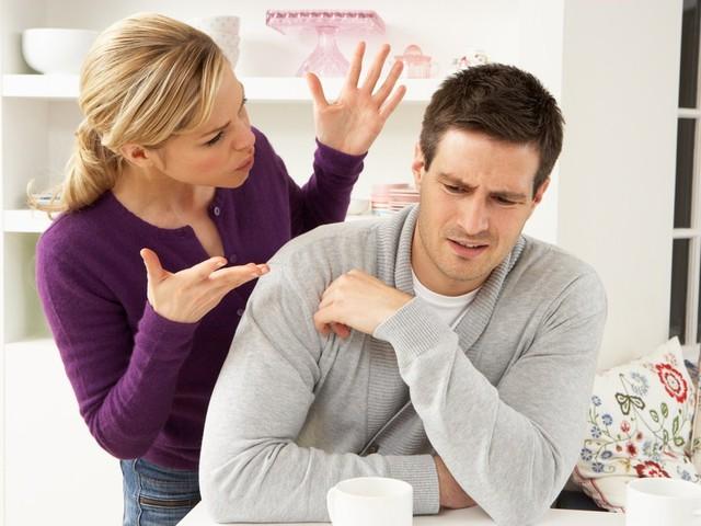 Присутствовать или нет в суде - решают самистороны, и заставить вас ходить на слушания никто не вправе.