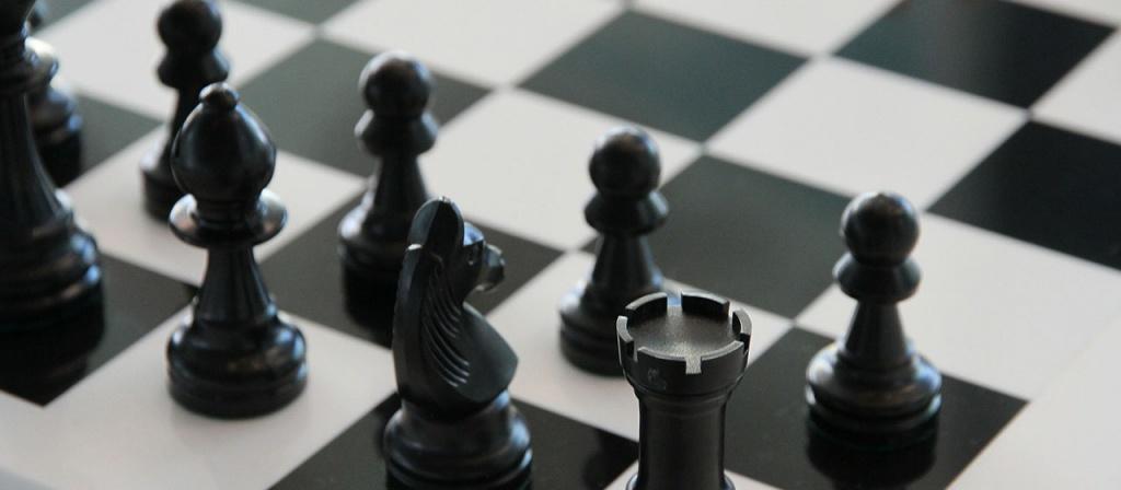 O-strategii-i-taktike-zashhity-chto-delaet-advokat