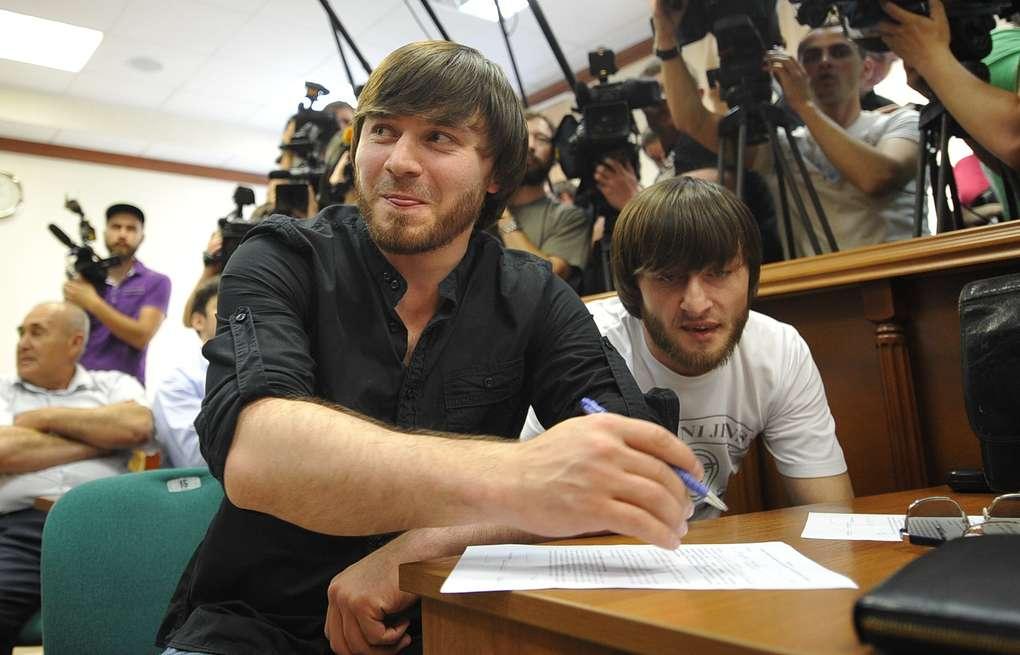 Рустаму Махмудову (по версии следствия, киллер) и Лом-Али Гайтукаеву (организатор) пожизненное наказание.